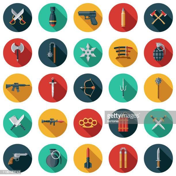 ilustrações de stock, clip art, desenhos animados e ícones de weapons icon set - armamento
