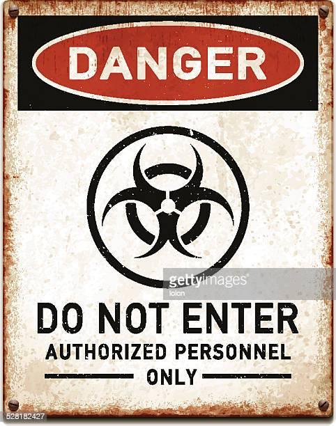 ilustraciones, imágenes clip art, dibujos animados e iconos de stock de curado metálico cartel con peligro de riesgo biológico symbol_vector - arma biológica