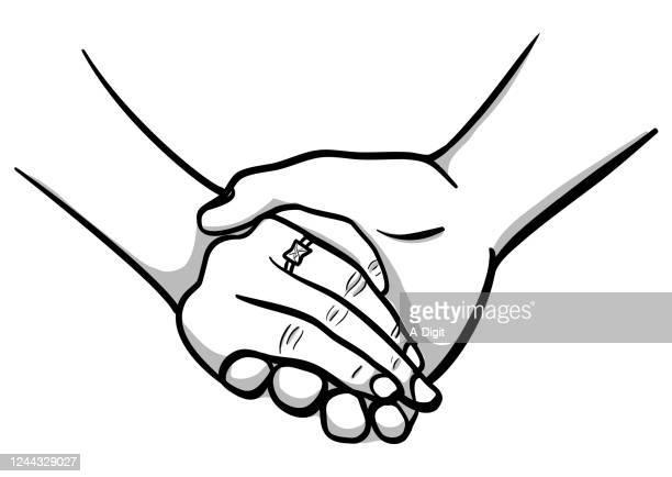 ilustraciones, imágenes clip art, dibujos animados e iconos de stock de sostener la mano del anillo de bodas - compromiso