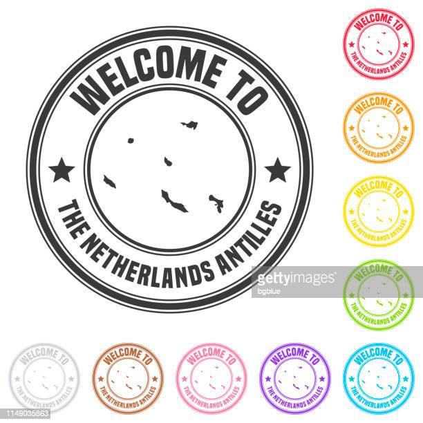 オランダ領アンティルへようこそスタンプ-白の背景にカラフルなバッジ - シント・ユースタティウス島点のイラスト素材/クリップアート素材/マンガ素材/アイコン素材