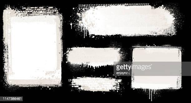 weiße grunge-hintergründe - graffito stock-grafiken, -clipart, -cartoons und -symbole