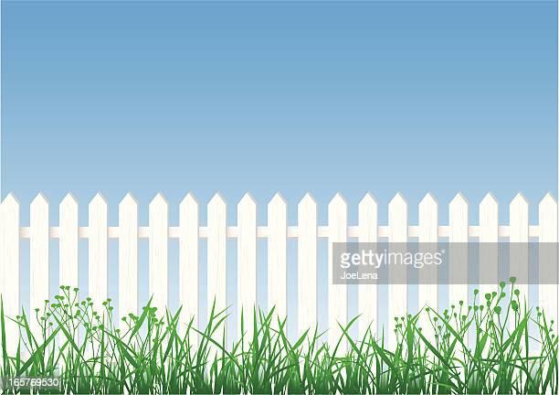 ilustrações, clipart, desenhos animados e ícones de cerca de madeira branca, grama e céu - cercado com estacas