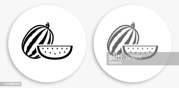 illustrations, cliparts, dessins animés et icônes de ensemble et tranches de melon d'eau noir et blanc icône ronde - pastèque