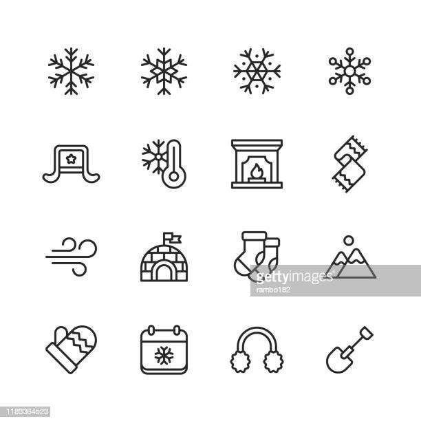 illustrazioni stock, clip art, cartoni animati e icone di tendenza di icone invernali. tratto modificabile. pixel perfetto. per dispositivi mobili e web. contiene icone come inverno, freddo, neve, fiocco di neve, camino, vento, igloo, guanto, calzino, sciarpa. - freddo