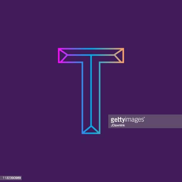 ilustrações de stock, clip art, desenhos animados e ícones de wireframe capital letter outline bevelled 3d alphabet design - letra t