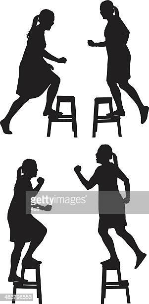 ilustraciones, imágenes clip art, dibujos animados e iconos de stock de woman climbing de banqueta ejercicio - moverse hacia arriba