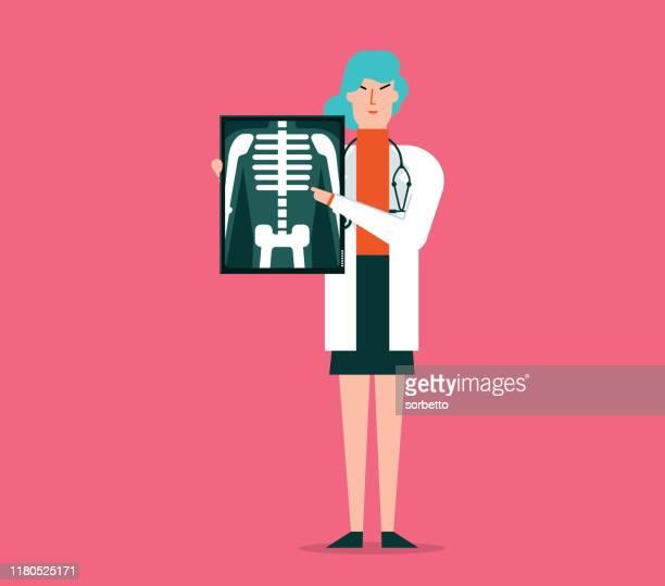x線フィルムを見せる女性医師 - 放射線技師点のイラスト素材/クリップアート素材/マンガ素材/アイコン素材