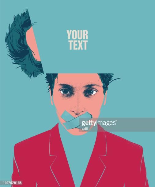 illustrazioni stock, clip art, cartoni animati e icone di tendenza di donna ritratto testa aperta silenziosa - rivolto verso l'obiettivo