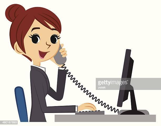 Young business-Frau am Schreibtisch mit Telefon und computer