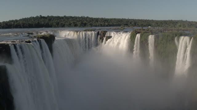 vídeos y material grabado en eventos de stock de catarata do iguaçu - cataratas del iguazú