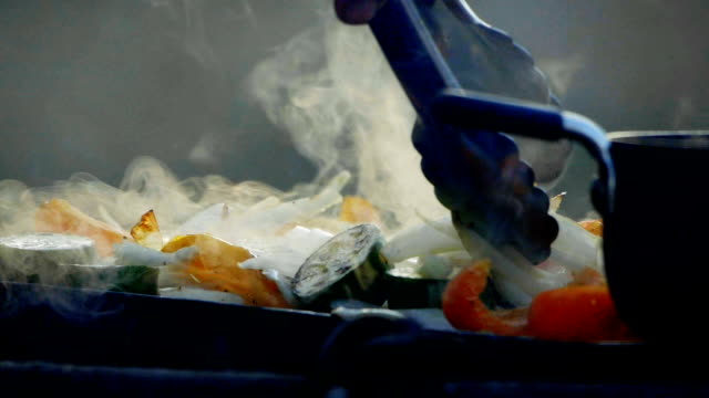 bbq - barbecue cibo video stock e b–roll