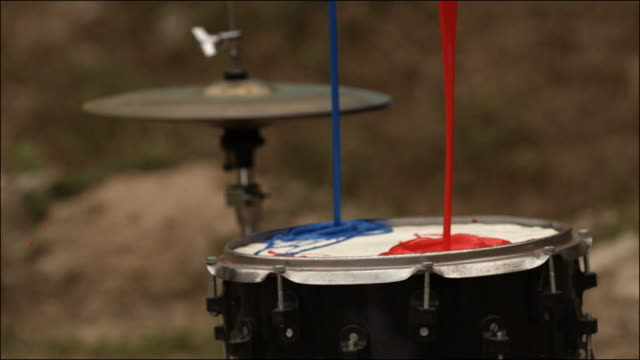 vídeos de stock e filmes b-roll de slo mo special effects musical instruments - rocking