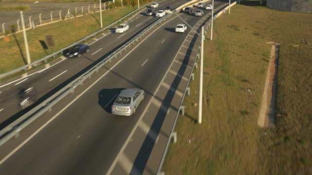 vídeos y material grabado en eventos de stock de drone aerial view of anel viário de campinas - vehículo terrestre