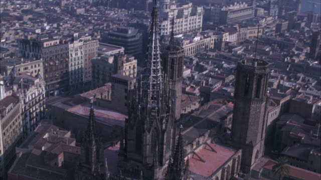 aerial over barcelona. buildings, cityscapes. pass cathedral of barcelona, also known as the cathedral of santa eulalia with spire or tower. cities. gothic cathedrals. - 1992 stock videos & royalty-free footage