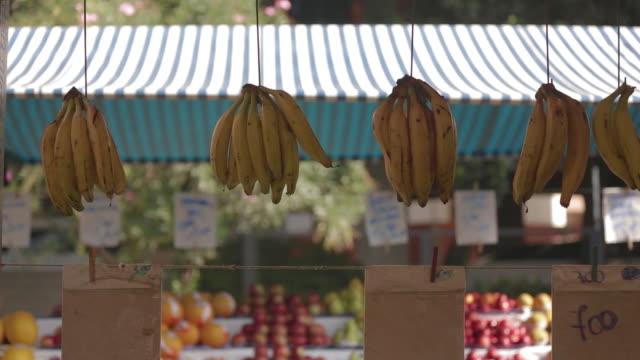 vídeos y material grabado en eventos de stock de brazil - são paulo - street market - puesto de mercado