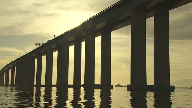 vídeos de stock e filmes b-roll de brazil - rio de janeiro - ponte