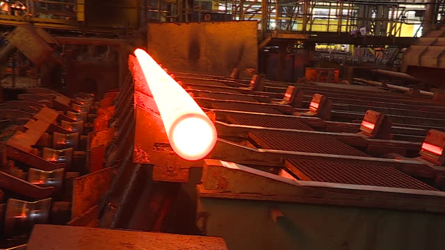 metallurgy - manufacturing occupation stock-videos und b-roll-filmmaterial