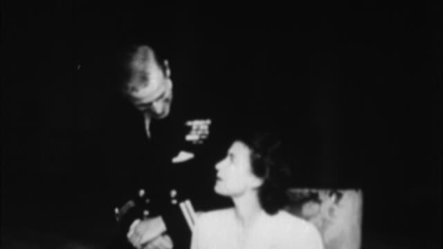 1940s b/w queen elizabeth with father george vi duke of york / london, united kingdom - adult offspring stock videos & royalty-free footage