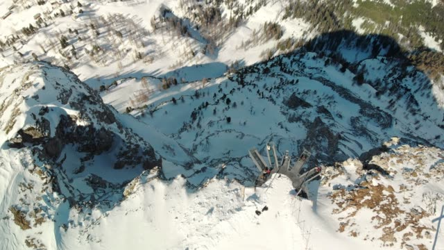 drone flying over viewing platform, 5 fingers in european alps - dachstein mountains stock videos and b-roll footage