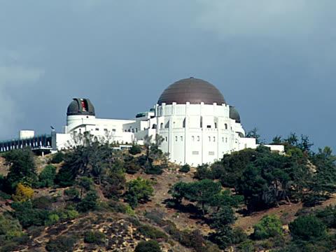 stockvideo's en b-roll-footage met griffith observatory 1 - pal - astronomietelescoop