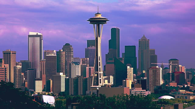 seattle skyline 02 - space needle stock videos & royalty-free footage