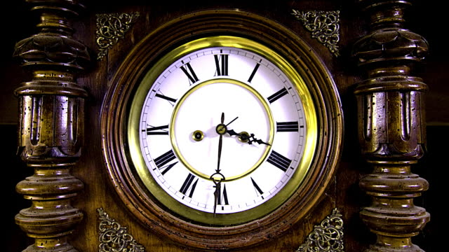 CLOCK IN FAST FORWARD 1