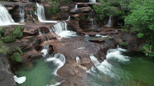 serra do roncador - brazil - stream stock videos & royalty-free footage
