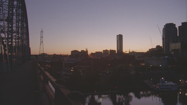 dusk/dawn nashville skyline - tennessee stock videos & royalty-free footage