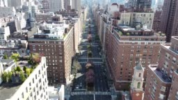 AERIAL TRAVELING UP PARK AVENUE - EMPTY STREETS COVID-19