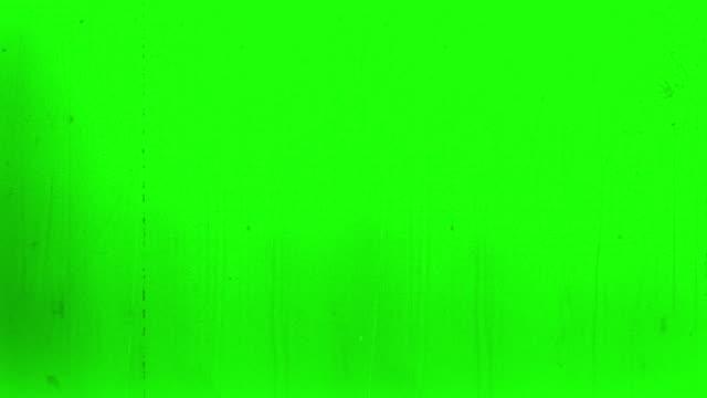vídeos y material grabado en eventos de stock de old film 4k verde - proyector de película de 8mm