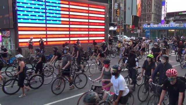 3000 riders pass neon american flag on way to start of rally - salmini stock videos & royalty-free footage