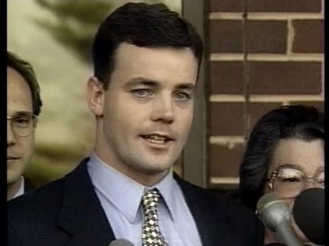 john bobbitt; whose penis was cut off by wife in retaliation for marital sexual assault; acquitted on all charges - 生殖器点の映像素材/bロール