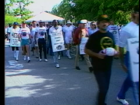 football players on strike in miami - sportsperson stock videos & royalty-free footage