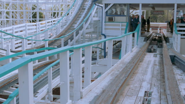 dx - roller coaster mov p.o.v. - straight fwd - 2004 stock videos & royalty-free footage