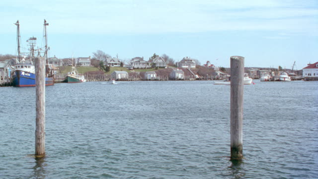 dx - martha's vineyard, harbor, small boat, fishing boat, houses - 1995 stock videos & royalty-free footage