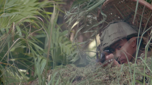 jungles-vietnam-marines - army soldier stock videos & royalty-free footage