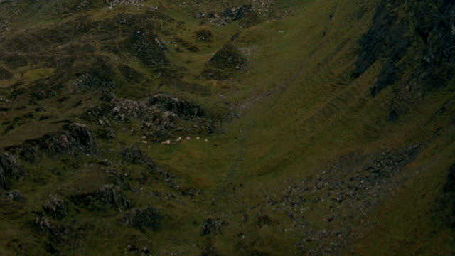 dx - aerials - scotland - scenic / mountains - lakes - rock face stock videos & royalty-free footage