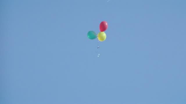 vídeos y material grabado en eventos de stock de balloons - helio