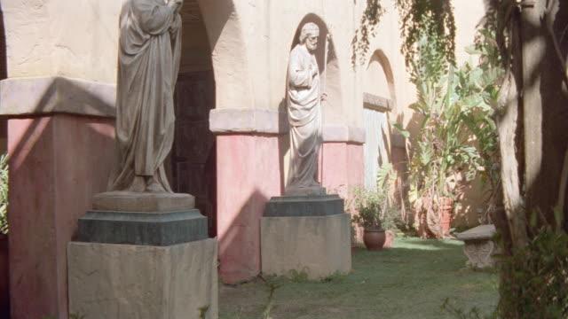 dx - parks/garden - church/chapel - chapel stock videos & royalty-free footage