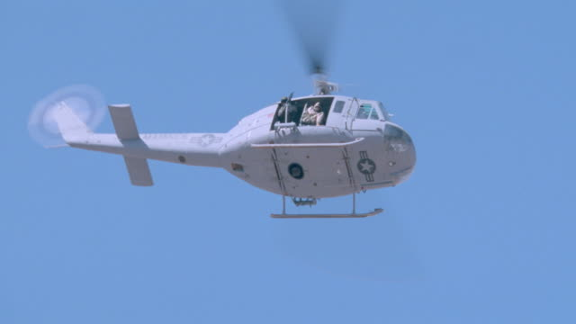 take offs/landings - middle east - milit. helicopters - us military stock videos & royalty-free footage