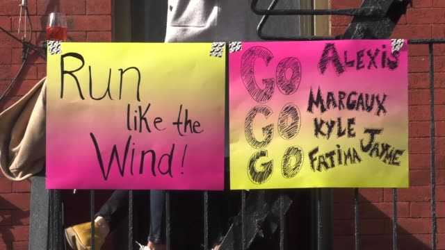 "vidéos et rushes de ""run like the wind"" sign - salmini"