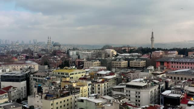 istanbul panoramablick - galataturm stock-videos und b-roll-filmmaterial