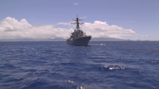 destroyer uss sampson ddg-102 at sea - warship stock videos & royalty-free footage