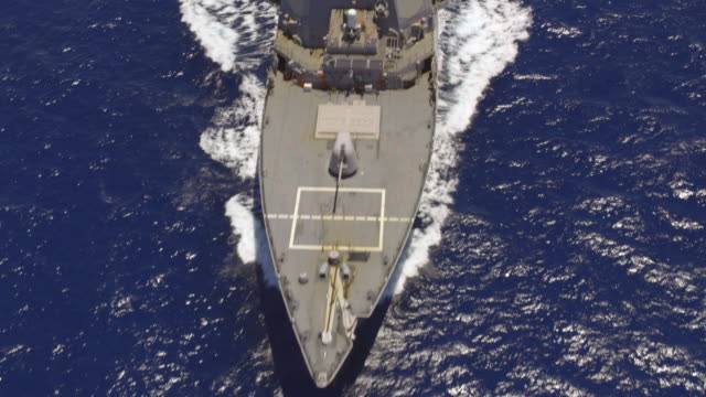 stockvideo's en b-roll-footage met destroyer uss sampson ddg-102 at sea - amerikaanse zeemacht