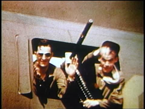 . - 爆撃機点の映像素材/bロール