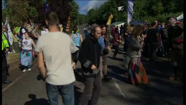 nnbn101p) - protesta anti fracking video stock e b–roll