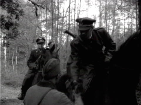 vídeos de stock, filmes e b-roll de czech general of wehrmacht swithing sides to soviet guerrillas in 1943 - 1943