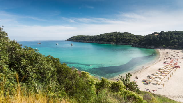 isola d'elba - circa 2014: - toskana stock-videos und b-roll-filmmaterial