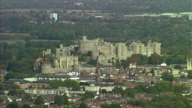 nnbm811l - windsor castle stock videos and b-roll footage