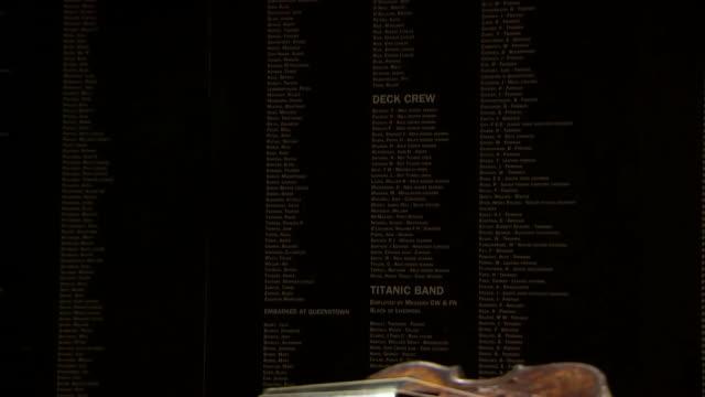 vídeos de stock e filmes b-roll de nnbk514f) - violino